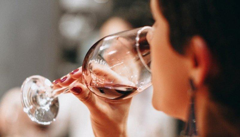 Aprende sobre vinos en Colombia