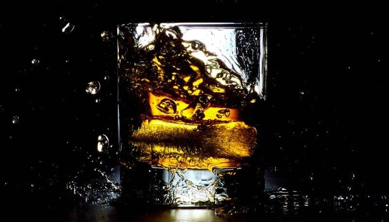 Aprende sobre Whisky con Bartendme