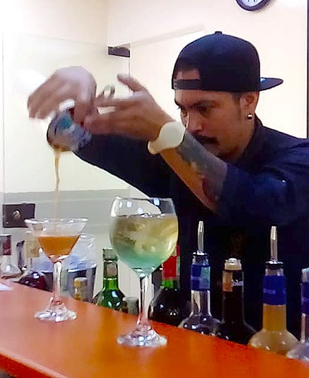 Servicio flair barman Raúl Vargas Bartendme