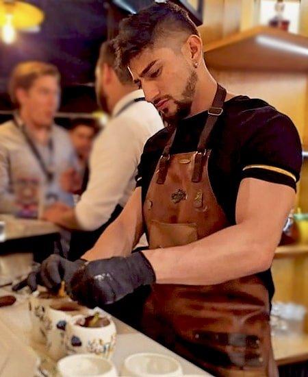 Bartender Jefferson Carrión contratar en Bogotá