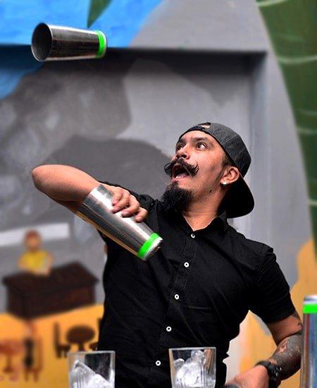 Flair bartender Raúl Vargas